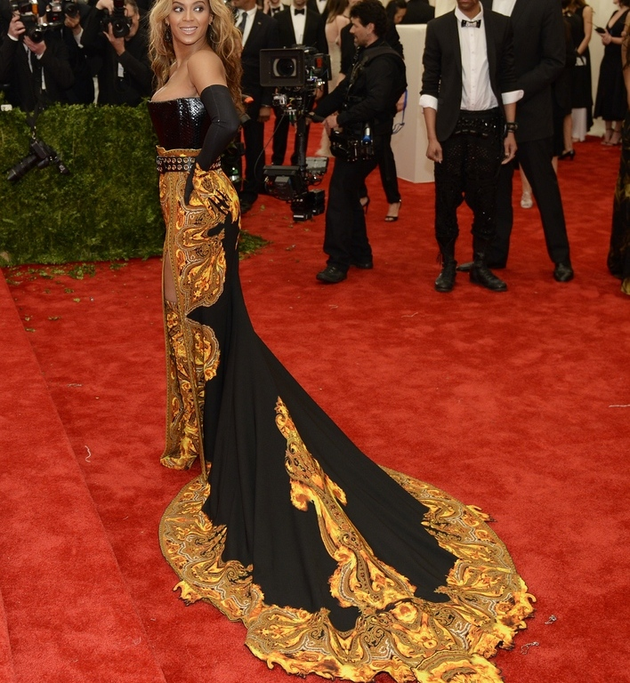 35dc26671df Met Gala 2013 Red Carpet  CELEBRITY INVASION – Obsessed